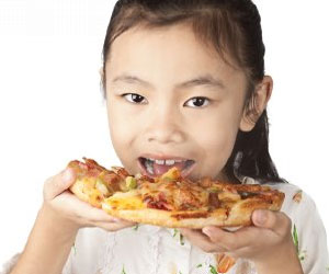Поедание пиццы – главная причина ожирения американских детей
